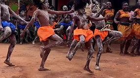 Vaizdo įrašas iš Agnės Kulitaitės kelionės į Ugandą