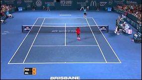 Rogeris Federeris sezoną pradėjo pralaimėtu setu, tačiau iškovota pergale