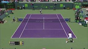 Gražus Andy Murray taškas Majamio pusfinalyje
