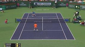 Novakas Džokovičius nugalėjo Rogerį Federerį ir pasiek naują žymą karjeroje