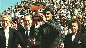 """Novakas Džokovičius ir Rafaelis Nadalis siekia istorinių pergalių """"Roland Garros"""" turnyre"""