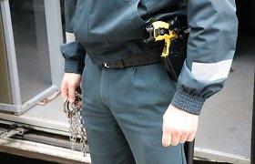 Nepraėjus nė pusvalandžiui Kauno pareigūnai sulaikė du įtariamuosius įsilaužėlius
