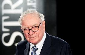 """Milijardieriaus W.Buffetto bendrovė """"Berkshire"""" pardavė daugumą """"Goldman Sachs"""" akcijų"""