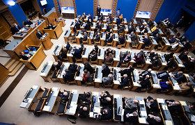 Estijos parlamentas preliminariai pritarė referendumui dėl santuokos apibrėžties