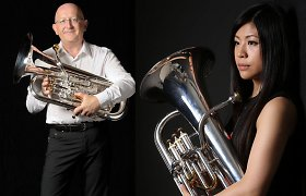 Nacionalinėje filharmonijoje – eufonijos virtuozas Stevenas Meadas ir egzotiškoji Misa Akahoshi