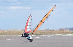 Antrame vėjaračių čempionato etape buriuotojus lepino stiprus vėjas