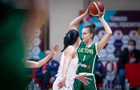 Durimis netrenkė: Lietuvos moterų rinktinė – sutriuškinta rungtynėse dėl garbės