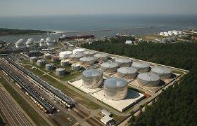 """""""Klaipėdos naftos"""" pajamos pernai mažėjo 25,6 proc. iki 77,4 mln. eurų"""