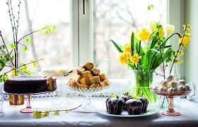 Saldūs kepiniai Velykų stalui – nuo mielinės bobos iki sviestinių sausainių. 25 receptai