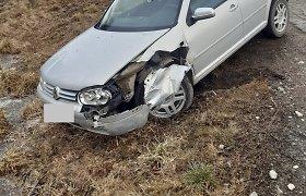 Panevėžio rajone jaunuolis pakliuvo į avariją, nukentėjo nepilnametė keleivė
