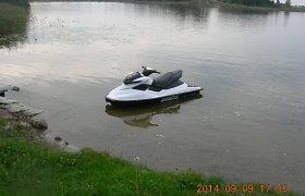 Arimaičių ežere sulaikytas vandens motociklu plaukiojęs vyras