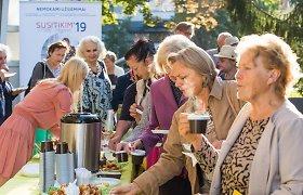"""Projektas """"Susitikim, mieli senjorai"""" vyresnio amžiaus žmonės sukvietė į pusryčius Vilniuje"""