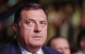 Bosnijos serbų lyderis M.Dodikas hospitalizuotas po kontakto su COVID-19 pacientu
