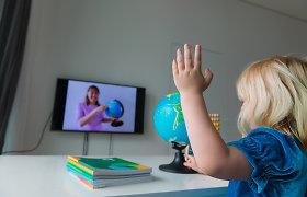 Nuo kitos savaitės Lietuvoje pradeda veikti pagalbos linija mokiniams ir tėvams: savanoriai konsultuos dėl nuotolinio mokymo