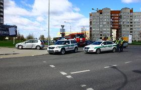 Po susidūrimo Panevėžyje – vairuotojų ginčas dėl šviesoforo spalvų