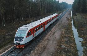 Atstatytame Rengės geležinkelio ruože – pirmas traukinys