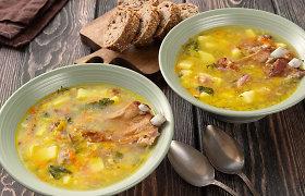 Žvarbiai dienai – jauki ir šildanti žirnių ir perlinių kruopų sriuba su kiauliena