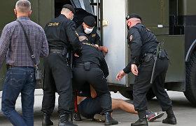"""Baltarusijos VRM vadovas: milicija """"kartais"""" naudojo perteklinę jėgą prieš žurnalistus"""