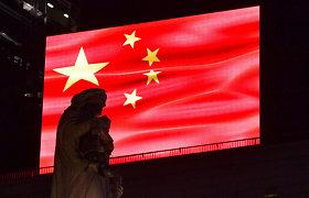 Vis aštrėjant ginčui dėl uigūrų, Kinija paskelbė sankcijų JAV ir Kanados politikams
