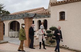 Lūžis Prancūzijos politikoje – radikali M.Le Pen partija sparčiai buria rėmėjus
