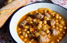 Kai norisi sotumo ir šilumos: žirnių ir avinžirnių sriubų, karių receptai