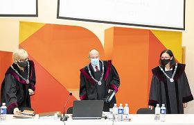 Sausio 13-osios byloje pasakytos baigiamosios kalbos, prokurorams duota laiko pasiruošti