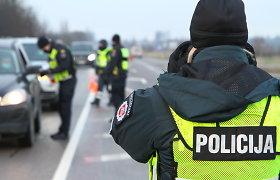 Lietuvoje – vėl griežta kontrolė: policija ne tik ribos judėjimą, bet ir stebės besibūriuojančius