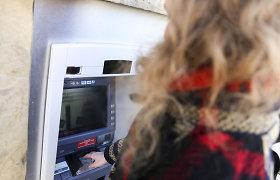 Lietuvių kortelėmis bandyta atsiskaityti JAV, bankas jas užblokavo