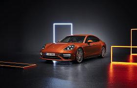 """Atnaujintas """"Porsche Panamera"""": unikalus kontrastų derinys, didesnis galingumas"""