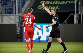 """""""Bundesliga"""" komandų mūšiuose – raudonų kortelių liūtis"""