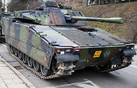 Nyderlandų pėstininkų kovos mašina plieninius vikšrus keis į guminius. Kodėl?
