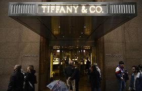 """""""Tiffany"""" akcininkai pritarė 16,2 mlrd. JAV dolerių vertės sandoriui su Prancūzijos LVMH"""