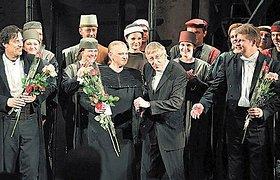 Operos festivaliui – karalienės karūna