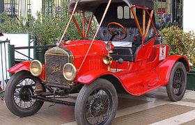"""Kodėl ne visi legendiniai """"Ford Model T"""" iš gamyklos išriedėjo juodi?"""