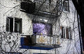 Nelaimė Vilniuje: Lazdynuose per gaisrą žuvo du žmonės – vyras rastas balkone, moteris bute