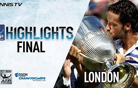 Per tašką nuo nesėkmės buvęs Feliciano Lopezas laimėjo titulą Londone