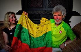 Į Nepalo sostinę Katmandu grįžusią Editą Nichols pasitiko pirmasis lietuvis įkopęs į Everestą Vladas Vitkauskas