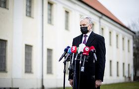 Prezidentas siūlys NPD didinti 50 eurų, verslo asociacijos palaiko atsiskaitymo grynaisias ribojimą