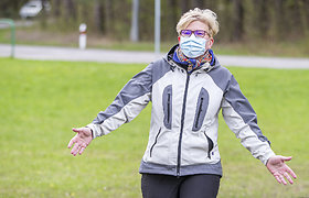 """Ingrida Šimonytė dalyvavo aplinkos tvarkymo akcijoje """"Darom 2021"""""""