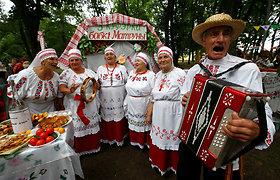 Į Rusijos glėbį stumiami baltarusiai priešinasi: esame europiečiai, ne mažieji ar prastesni rusai