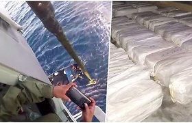 Pareigūnai į laivą nusileido tiesiai iš sraigtasparnio: radinys – 2,9 tonos kokaino