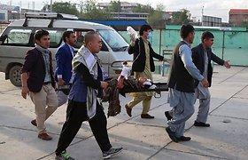 Sprogimų prie Kabulo mergaičių mokyklos aukų padaugėjo iki 50-ies