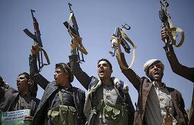 Saudo Arabija Jemeno husių sukilėliams siūlo ugnies nutraukimą, šie pasiūlymą atmeta