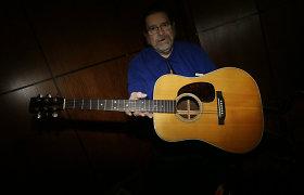 Viena Bobo Dylano gitarų aukcione parduota beveik už 400 tūkst. dolerių