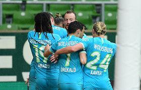 """Bundeslyga: dėl vietos Europoje kovojantis """"Wolfsburg"""" išsigelbėjo vėlyvu įvarčiu"""