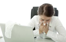 Specialistai įspėja: šiuolaikiniuose biuruose visam kolektyvui pavojų kelia net vienas sergantis žmogus