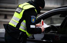 Auga konfliktų skaičius Kauno gatvėse: sugedus automobiliui, vairuotojas nemanė sulauksiąs smūgio