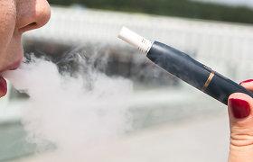 Balkonuose rūkyti uždraudė ir kaitinamojo tabako mėgėjams: gamintojai apgailestauja, iniciatoriai ramūs