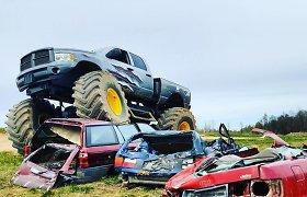 Pragaro mašina ieškantiems adrenalino – visureigis-monstras iš Dzūkijos