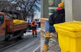 Vilniaus laukia eksperimentas: žiemą šaligatvius barstys kavos tirščiais, juos rinks specialiuose konteineriuose
